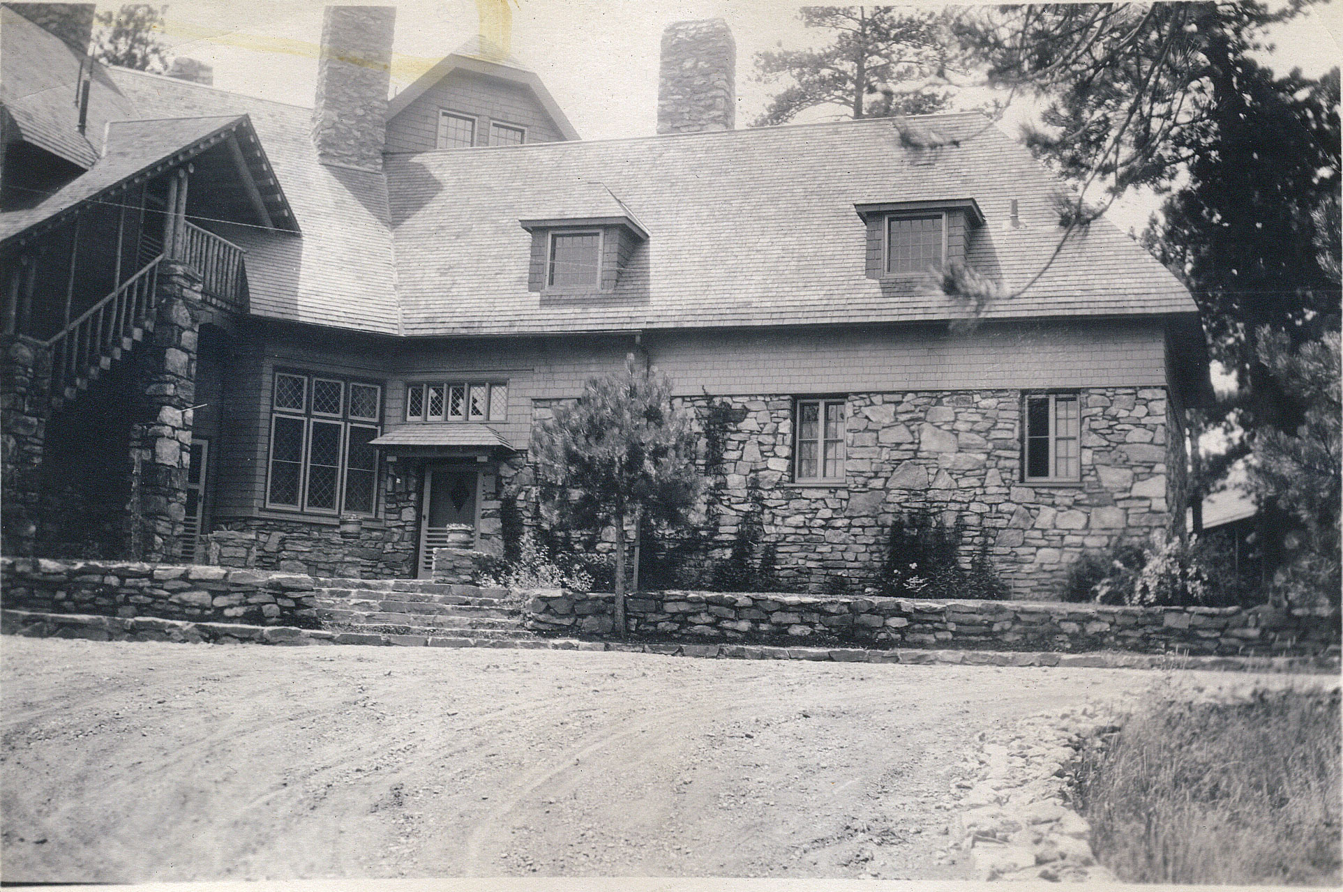 Front of the Manor House in the 1920's.