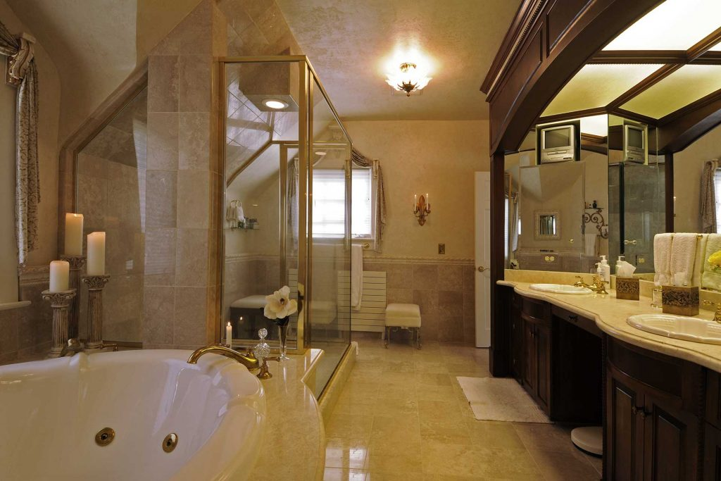 Manor-House_master_bath